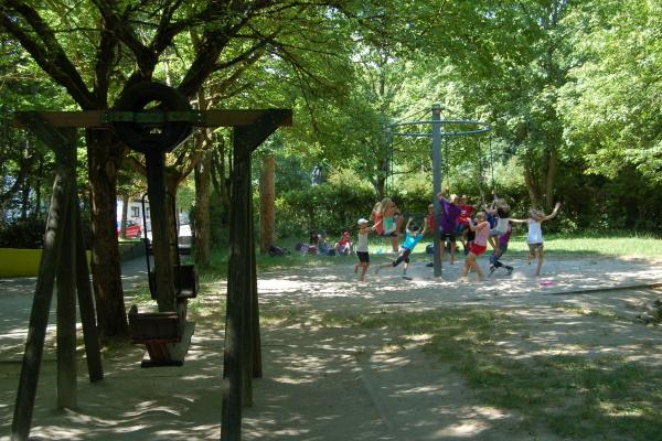 Das Jugenddorf Klinge mit einem erlebnisreichen Spielplatz