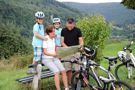 Bei Neckarsteinach auf der Kurpfalzachse