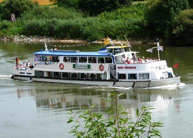 Schiffsausflug auf dem Neckar: Eberbacher Personenschifffahrt